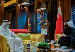 سمو الشيخ خالد بن حمد آل خليفة يستقبل وزير شؤون الإعلام
