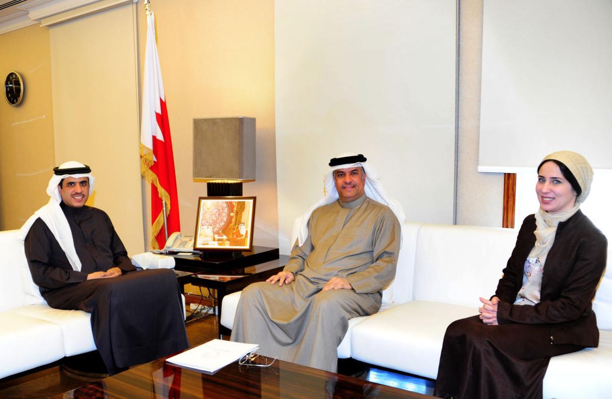 صورة خبر - وزير الإعلام يستقبل مساعد وزير الخارجية