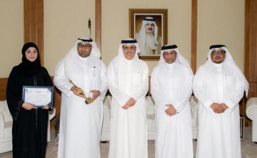 صورة خبر - وزير الإعلام يستقبل الفائزين في المهرجان العربي للإذاعة والتليفزيون - 1
