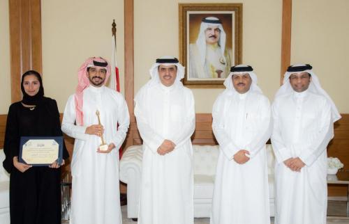 صورة خبر - وزير الإعلام يستقبل الفائزين في المهرجان العربي للإذاعة والتليفزيون - 2