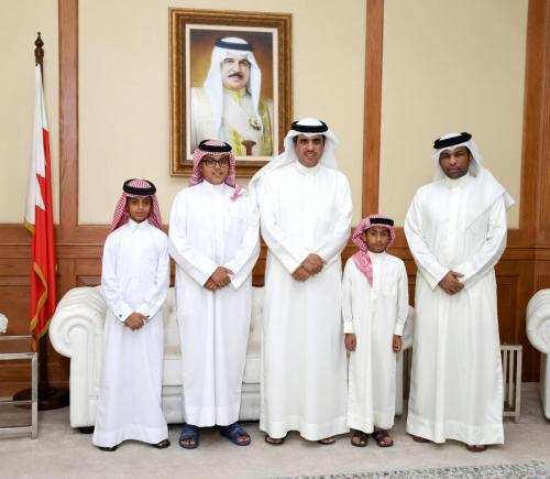 صورة خبر - وزير الإعلام يكرم الفائزين في مسابقة القارئ الصغير لتلاوة القرآن الكريم وتجويده